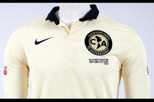 Frase de aficionado adornará jersey conmemorativo de las Águilas 257aa994da19e
