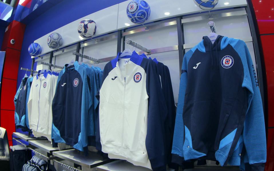 inaugura con tienda La Noria oficial Azul  en Cruz