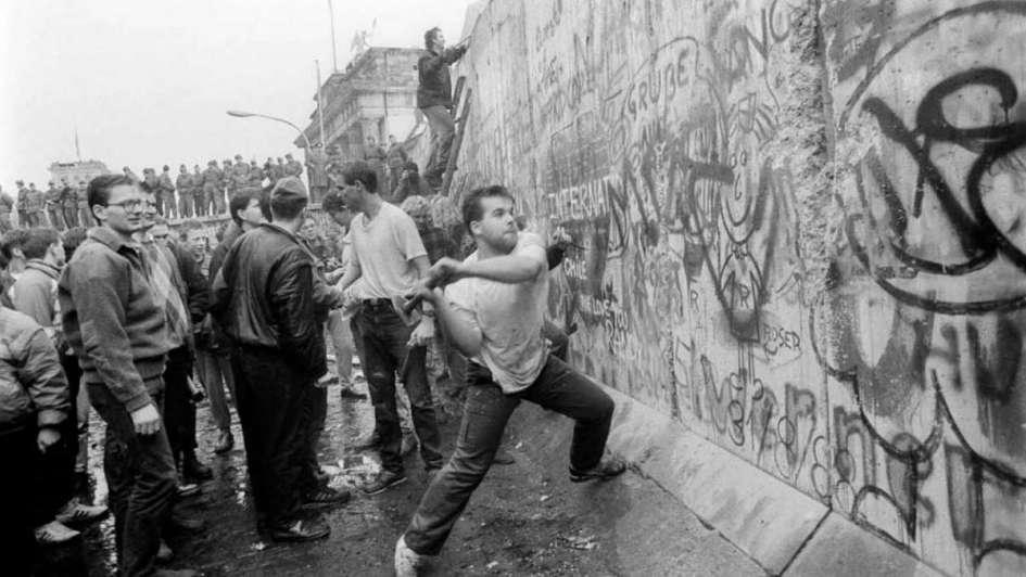 El Infame Muro Fue Derribado Hace 30 Años El Blog De Montaner