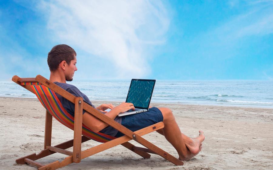 Qué no hacer en Facebook durante las vacaciones