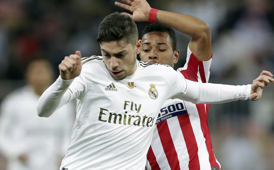 Real Madrid Vs Atletico Video Of The Incredible Goal Missed By