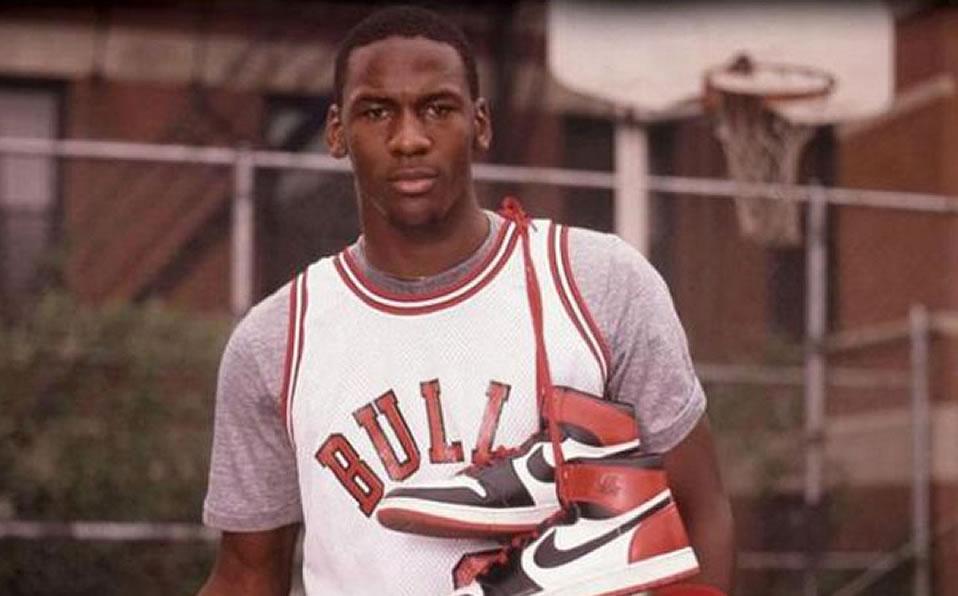 Extracción congelador Jirafa  Por qué Michael Jordan firmó contrato con Nike en lugar de Adidas? -  Mediotiempo