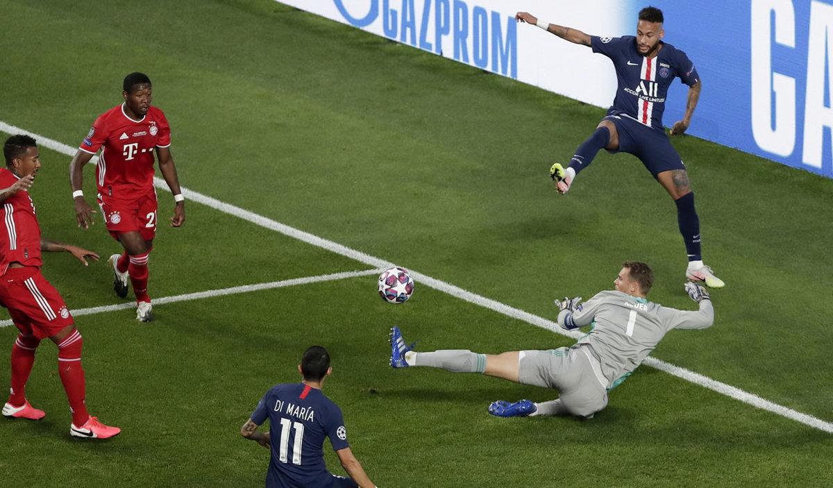 Neuer mantenía en cero el arco del Bayern Munich.