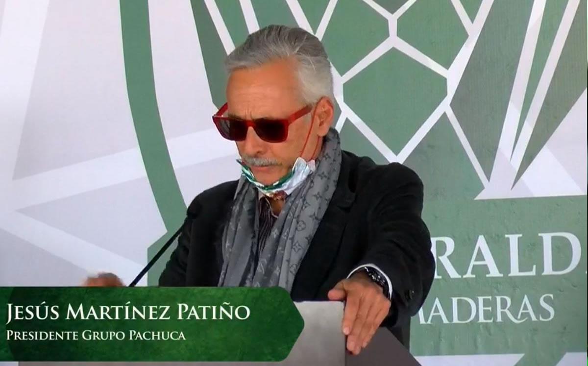 Jesús Martínez promete a AMLO un proyecto de beisbol para el futuro