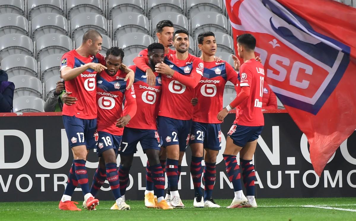 Lille, goleada frente al Lens (4-0) y liderato