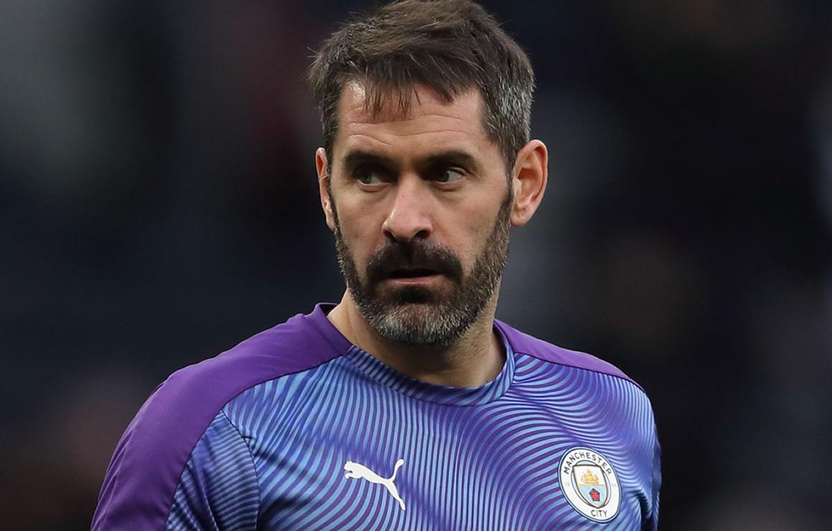 Scott Carson, portero, debuta con el Manchester City ¡a los 35 años! - Mediotiempo