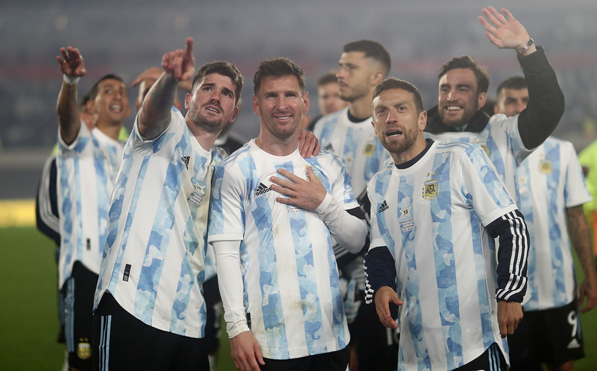 La Argentina de Lionel Messi cita a un jugador de la Liga MX
