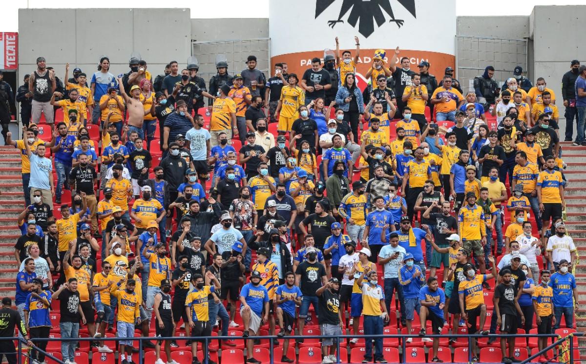 Detonaciones en bronca entre fans de San Luis y Tigres fueron balas de goma (VIDEO)