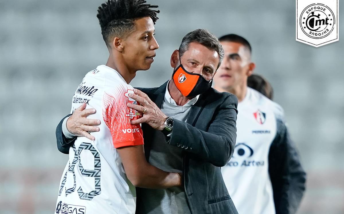 'Nos da confianza'; Hueso Reyes sobre el cambio que Diego Cocca dio al Atlas, que va por el Clásico Tapatío