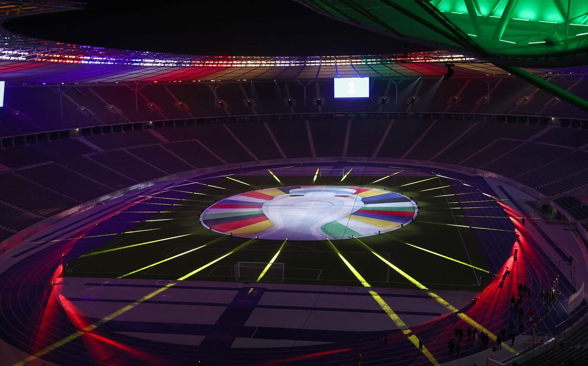 Presentan logo de la Euro 2024 con estilo retro y un llamado a la diversidad